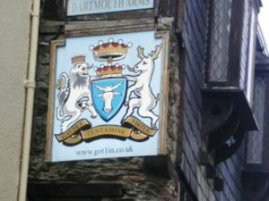 dartmouth arms - devon.jpg