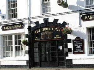 three tuns hotel.jpg