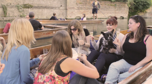 Champagne Punting Tours with your best friends